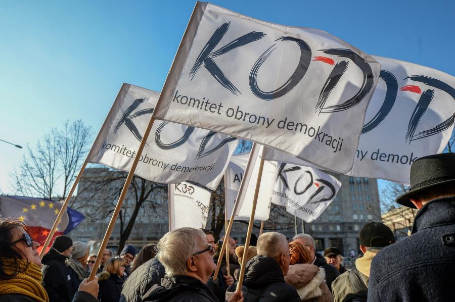 8505540-protest-kod-900-598