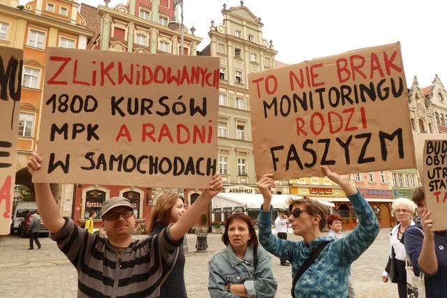 protest-przeciwk-politye-miasta